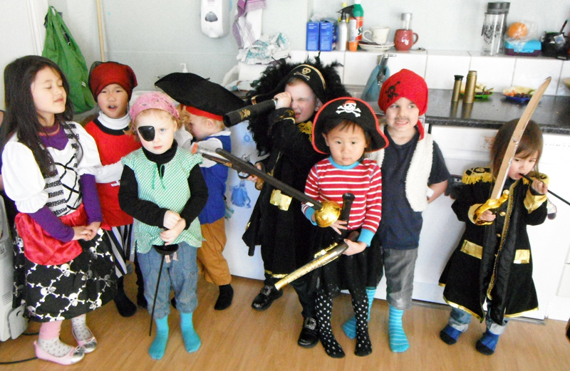 pirat-barnehage-selskap-1-small